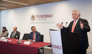 El Secretario de Turismo de México, Miguel Torruco Marqués, informó que los dos principales indicadores: turistas y divisas, superaron las previsiones que se tenían para el año pasado.