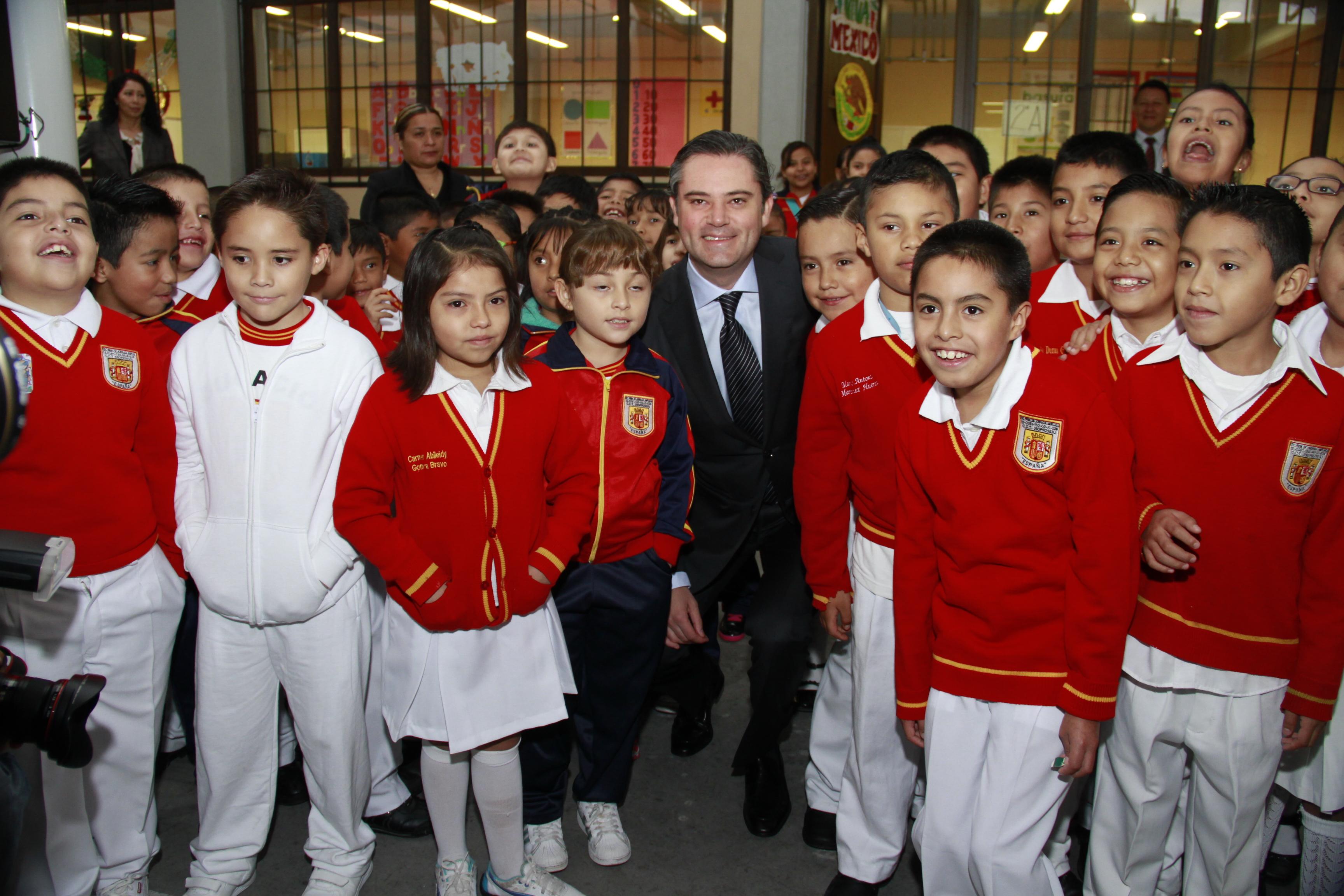 """Visita a la Escuela Primaria """"España""""."""