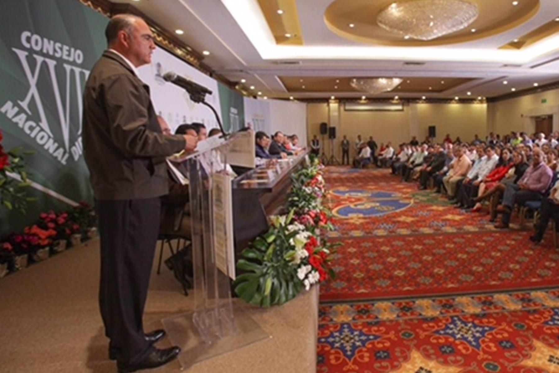 Inauguran secretario José Calzada Rovirosa y gobernador Eruviel Ávila Consejo Nacional del Sindicato de la SAGARPA.