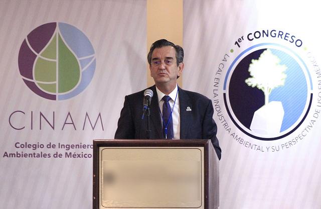 Se realizó 1er.  Congreso de la cal en México.