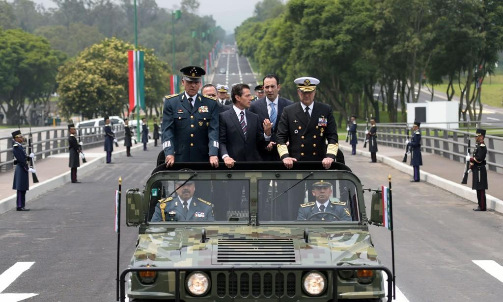 El primer  mandatario encabezó la ceremonia de Clausura y Apertura de Cursos de los Planteles del Sistema Educativo Militar.