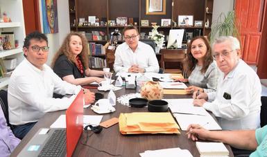Para concretar acciones que impulsen la creación artística en toda la geografía estatal, se realizó la primera reunión del año del Comité de Planeación del Programa de Estímulo a la Creación y Desarrollo Artístico (PECDA) de Campeche.