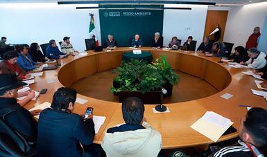 Los integrantes del Toxitour y de la Asamblea Nacional de Afectados Ambientales presentaron un documento elaborado de manera colectiva que incluye 12 propuestas.