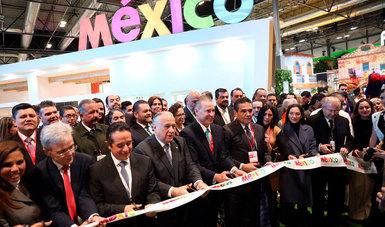 El secretario de Turismo del Gobierno de México, Miguel Torruco Marqués, inauguró esta mañana en Madrid el pabellón de México en la Feria Internacional de Turismo de España.