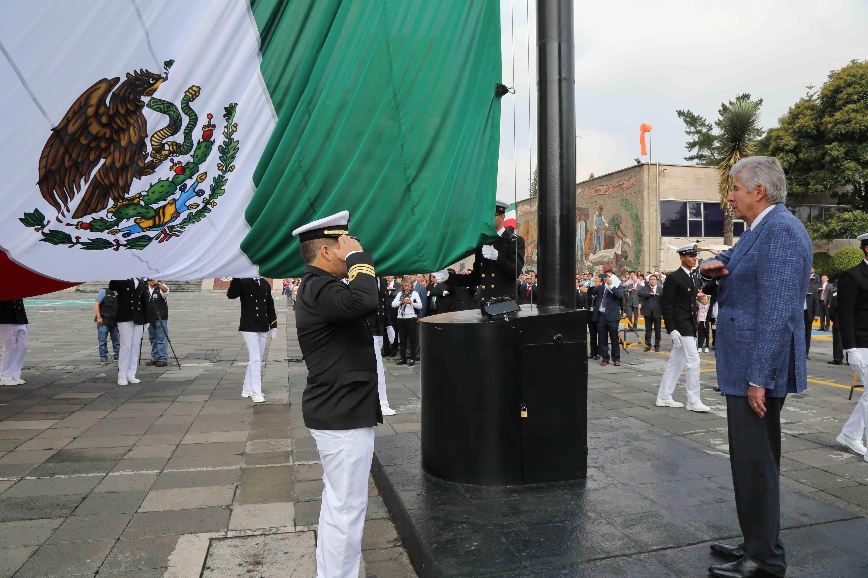 Encabeza Gerardo Ruiz Esparza Ceremonia Cívica Conmemorativa del CCV Aniversario de Independencia