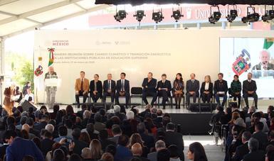 """""""Necesitamos un cambio cultural y educativo; necesitamos que los jóvenes ante este evento global no se paralicen"""", señaló el titular de la Semarnat."""