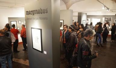 El artista plástico michoacano Manuel Vargas se introduce en las calles para hallar su fuente de inspiración, lo cual da como resultado Marginados.