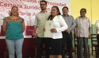 Entregan Sedatu y RAN títulos de propiedad a comuneros y ejidatarios en Veracruz