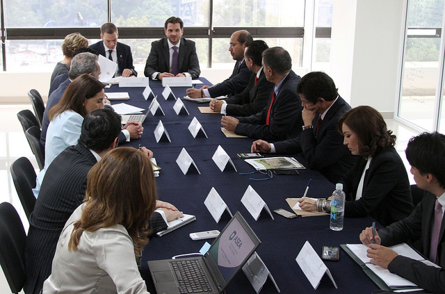 Reunión de trabajo con integrantes de la ASEA.