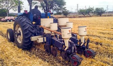 Con la estrategia de mecanización inteligente se ha logrado desarrollar más de 40 prototipos de maquinaria agrícola diseñados para elaborarse con red de herreros locales.