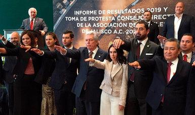 El secretario de Turismo del Gobierno de México, Miguel Torruco Marqués, tomó hoy la protesta al nuevo Consejo Directivo de la Asociación de Hoteles de Jalisco.