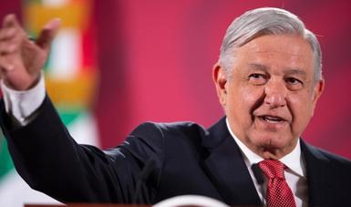 Presidente López Obrador llama a romper pacto de silencio en caso Ayotzinapa