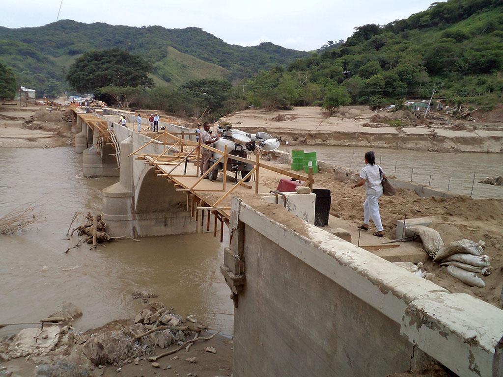Acciones inmediatas para atacar contingencia tras meteoros Ingrid y Manuel en Guerrero hace dos años