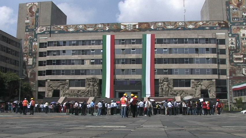 Participan más de dos mil 500 empleados de la SCT en simulacro de sismo en el Distrito Federal