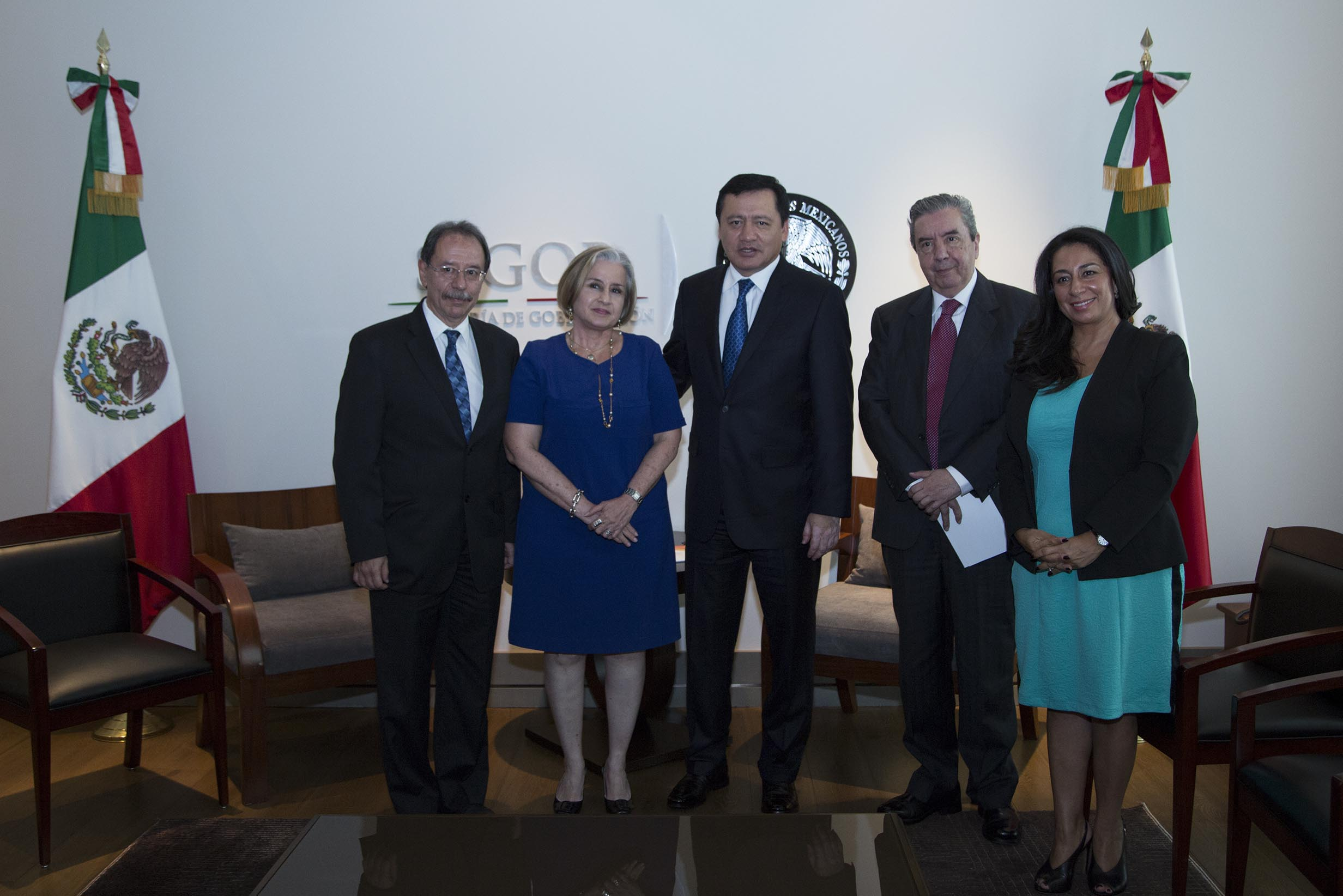 El Secretario de Gobernación, Miguel Ángel Osorio Chong, se reunió con la representante del Fondo de Población de las Naciones Unidas en México, Leonor Calderón.