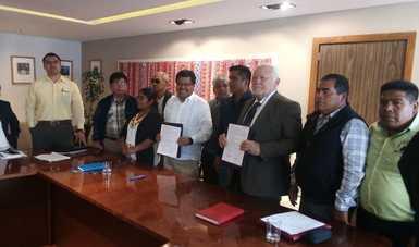 Cofepris y el INPI firman convenio para reconocer y preservar la medicina tradicional mexicana