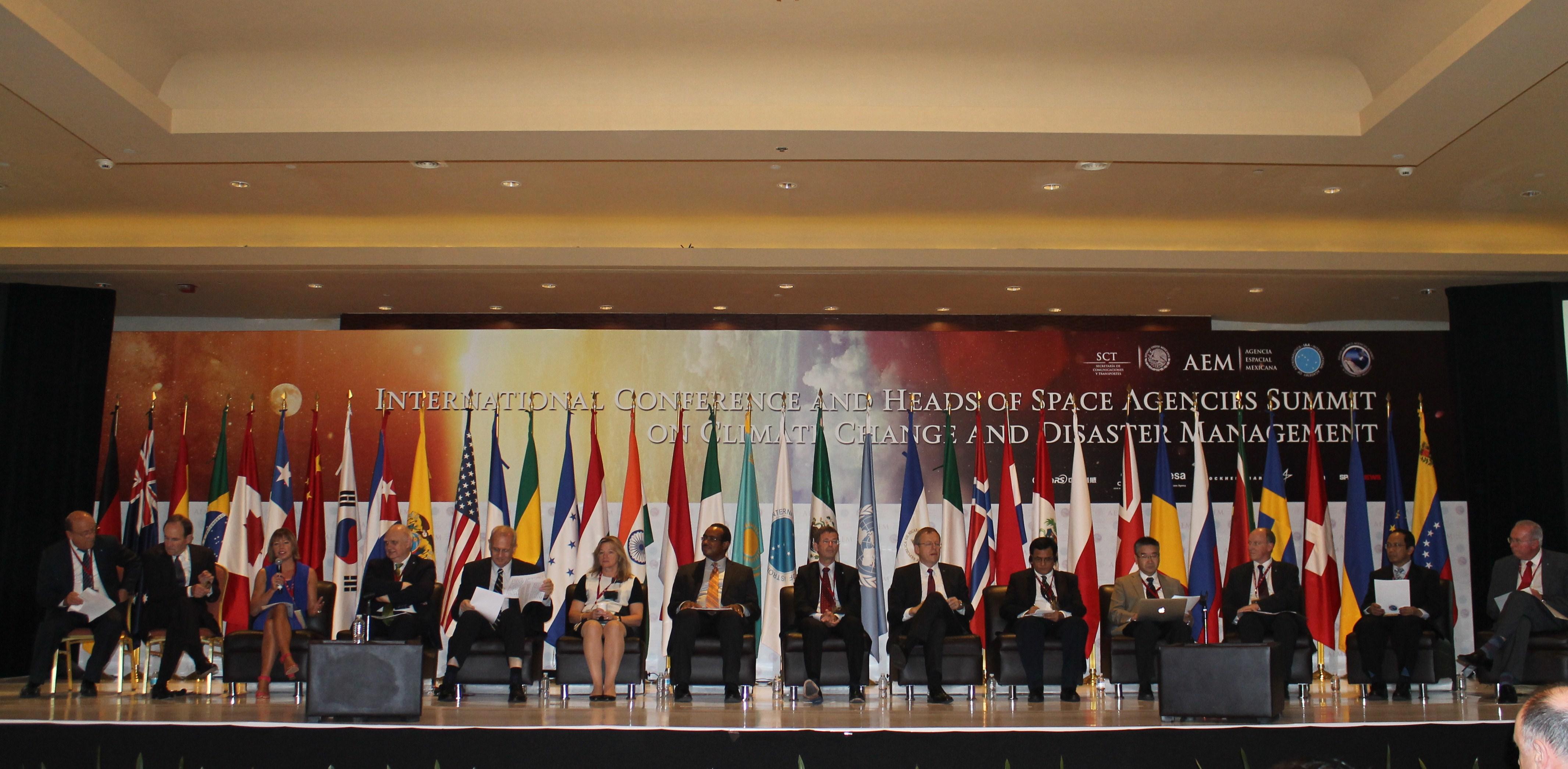 Jefes de Agencias Espaciales de todo el mundo
