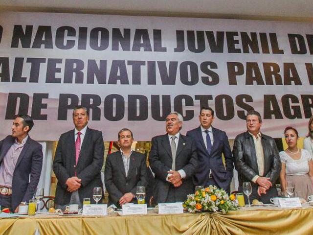 Iniciaron los trabajos del Segundo Foro Nacional Juvenil de Agronegocios, organizado por la Confederación Nacional de Propietarios Rurales (CNPR), en el que participaron jóvenes de las 31 entidades federativas y el Distrito Federal.