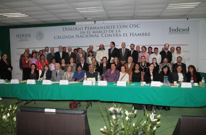 Diálogo permanente con las organizaciones de la sociedad civil en el marco de la Cruzada Nacional Contra el Hambre