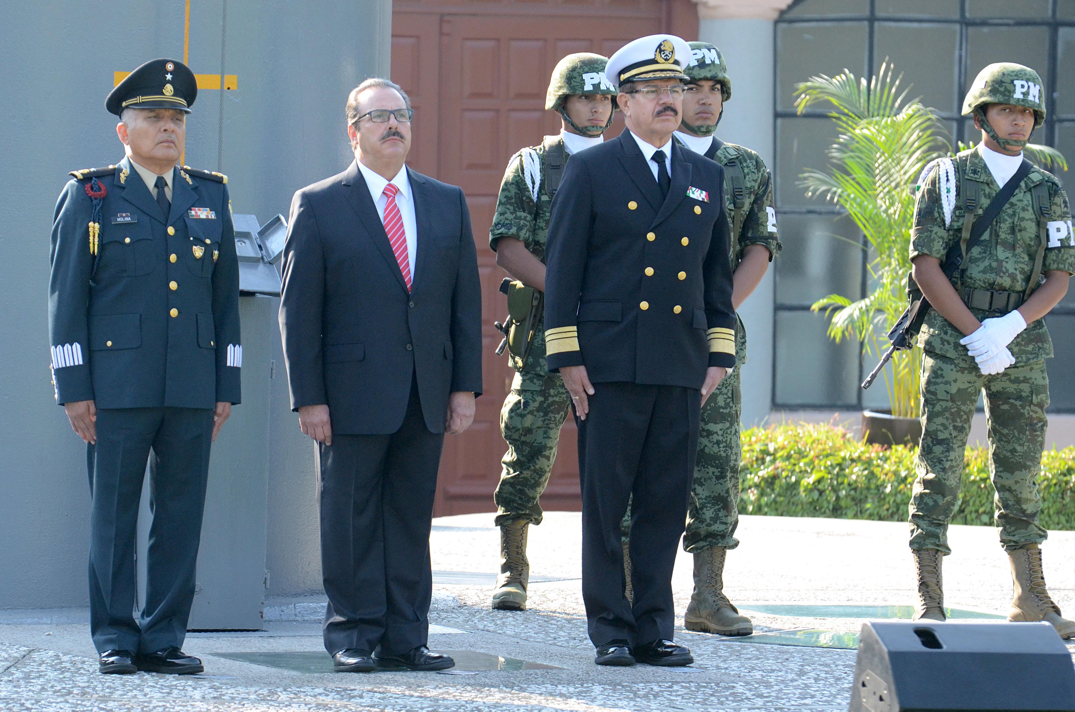 """Preside titular de la SAGARPA ceremonia de izamiento de Bandera, previa a conmemoración del """"5 de Mayo"""""""