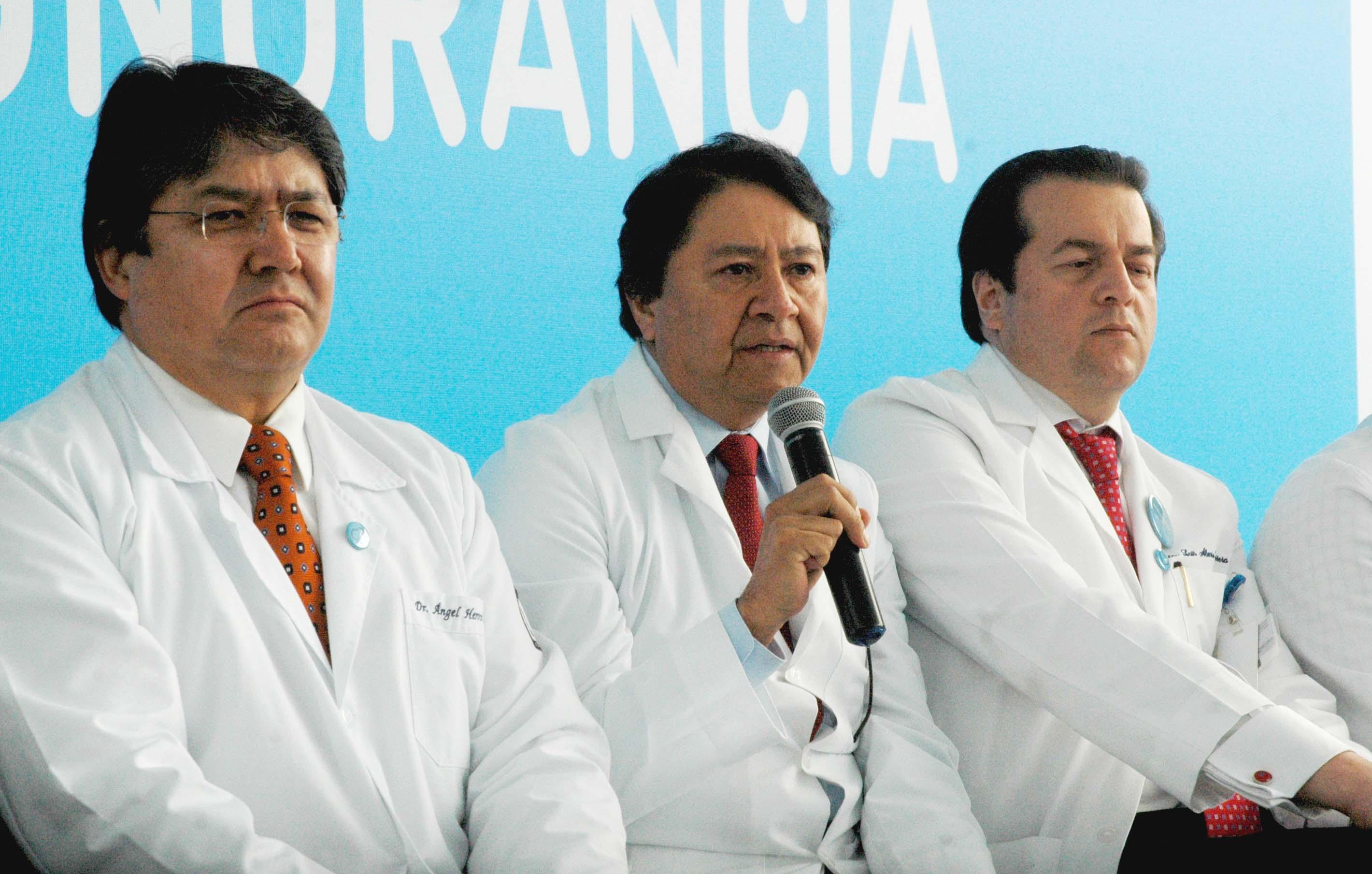En México se detectan 150 mil casos de cáncer al año, afirmó el doctor Abelardo Meneses García, director general del Instituto Nacional de Cancerología.