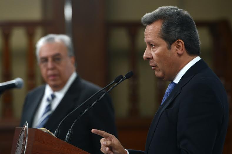 Eduardo Sánchez respondió a las preguntas de 14 reporteras y reporteros, al finalizar la conferencia de prensa.