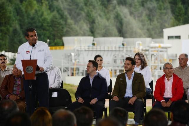 Enrique Ochoa, puntualizó que con la ampliación del campo geotérmico Los Azufres, la Reforma Energética sienta las bases para que la Comisión Federal de Electricidad impulse otros proyectos geotérmicos.