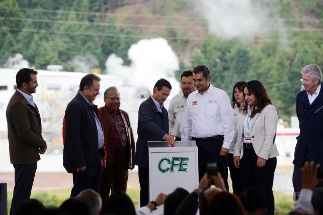 El Primer Mandatario destacó que México está considerado como uno de los países que hoy en día genera energía a través de la geotermia, y además tiene un gran potencial en esa área.