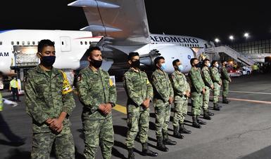 Arriba décimo primer vuelo del puente aéreo México-China con ventiladores y pruebas de detección de SARS-CoV-2