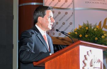 La Reforma Educativa es palanca para el desarrollo del país: Quintero Quintero