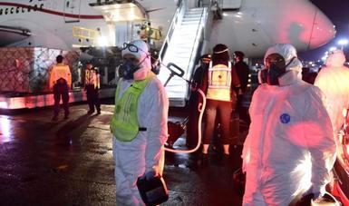 Arriba décimo segundo vuelo del puente aéreo México-China con ventiladores de terapia intensiva y mascarillas quirúrgicas