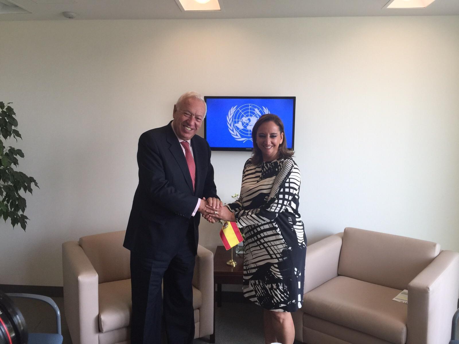 La Canciller Claudia Ruiz Massieu con José Manuel García-Margallo, Ministro de Asuntos Exteriores y Cooperación del Reino de España