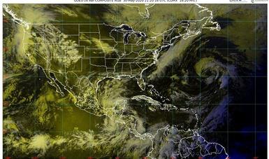 Imagen satelital con filtros de vapor de agua que muestra nubosidad sobre el territorio nacional. Logotipo de Conagua.