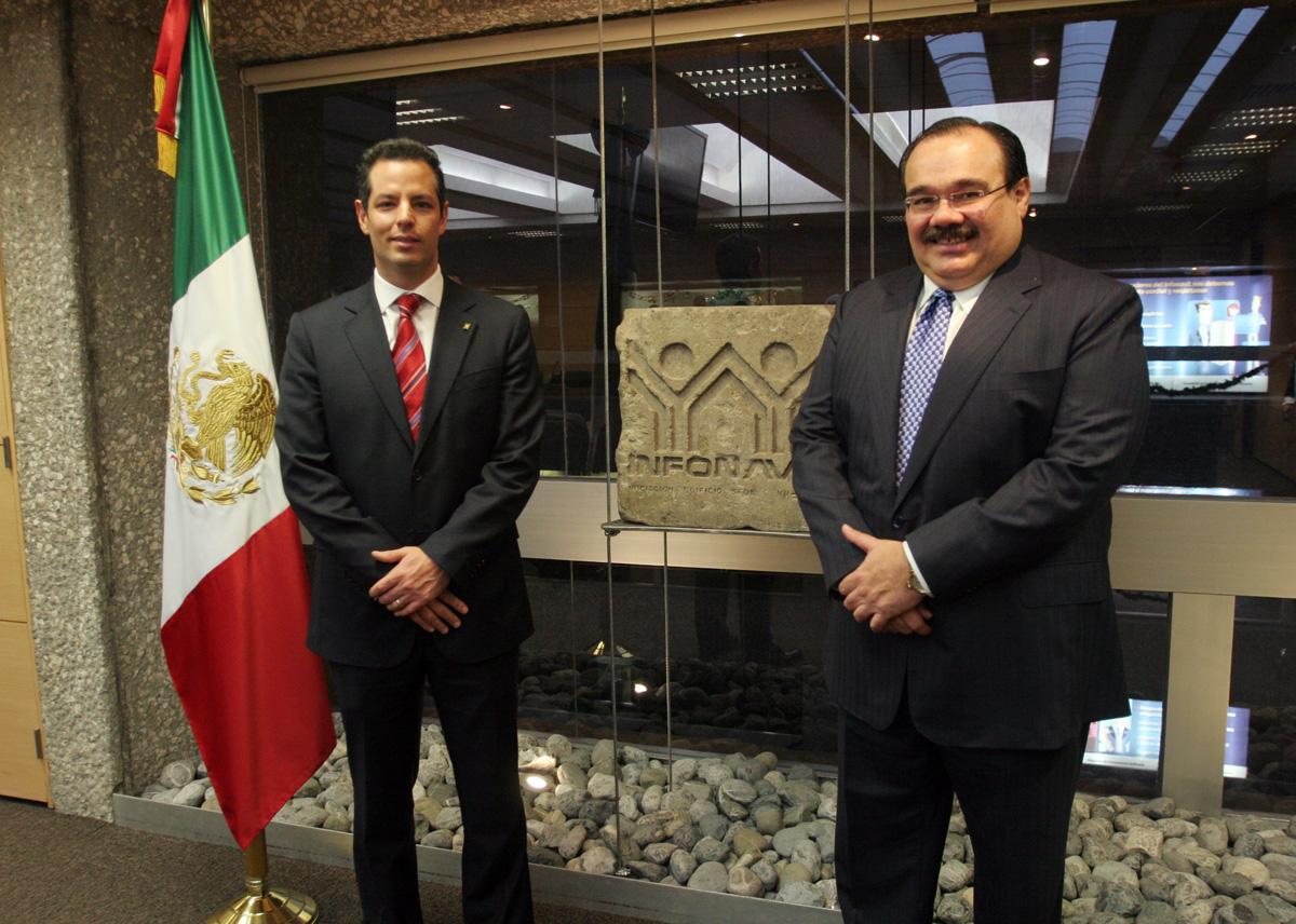 El secretario de la Reforma Agraria, Jorge Carlos Ramírez Marín, dio posesión a Alejandro Murat Hinojosa como director general del Infonavit, cuyo nombramiento fue aprobado por la Asamblea General del Instituto.