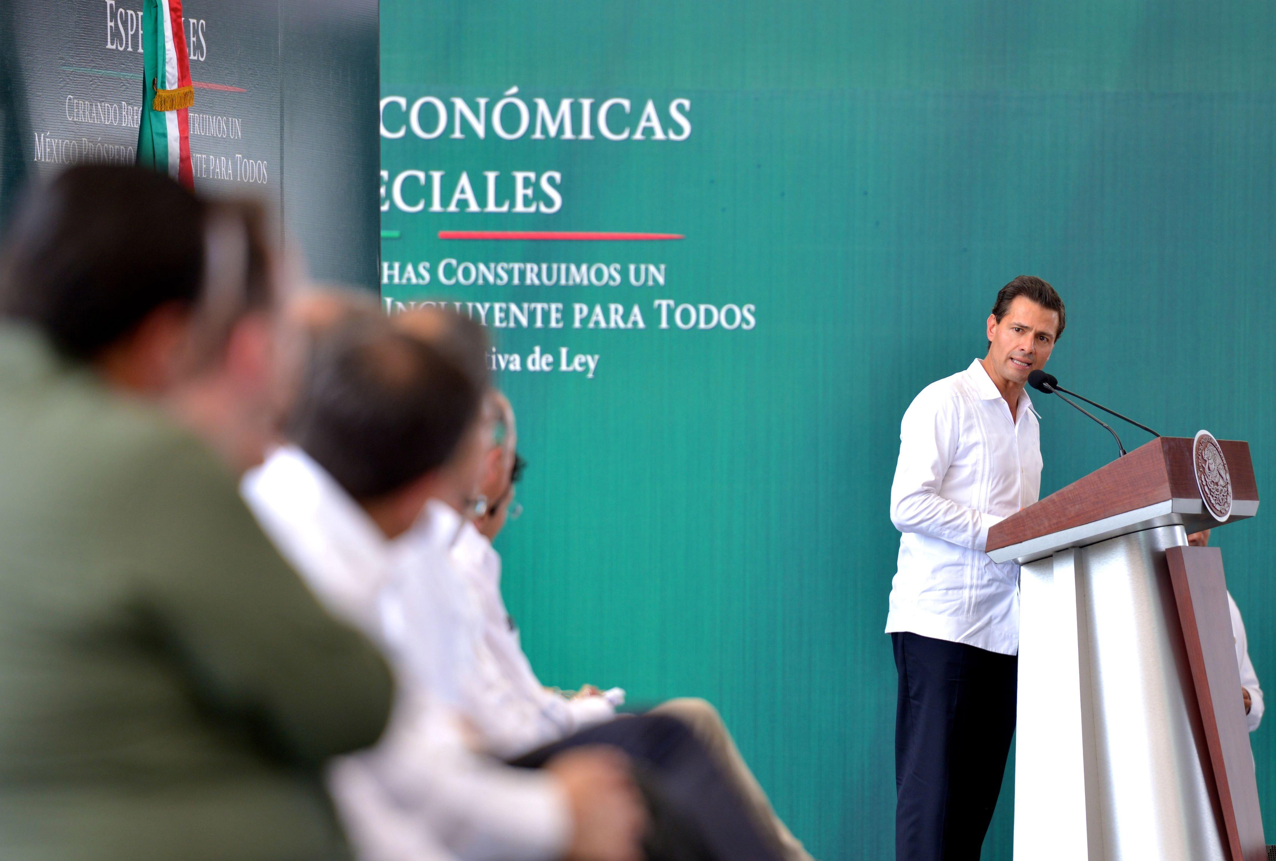 Trabajemos para aprovechar el potencial de las zonas económicas y, con ellas, escribamos una historia de éxito y transformación para el sur de México.