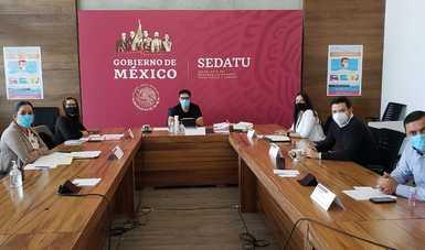 En la cabecera, Román Meyer Falcón, secretario de Desarrollo Agrario, Territorial y Urbano.
