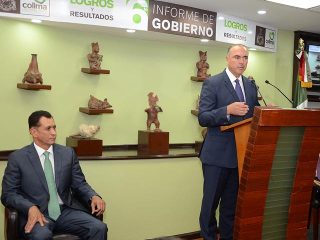 El trabajo conjunto entre los distintos niveles de gobierno y la ciudadanía permite tener un mejor país, mejor equipado, más innovador, con retos y oportunidades, aseguró el titular de la SAGARPA, José Calzada Rovirosa.