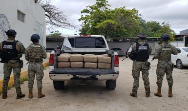 Detención de cuatro presuntos infractores de la ley en Quintana Roo.