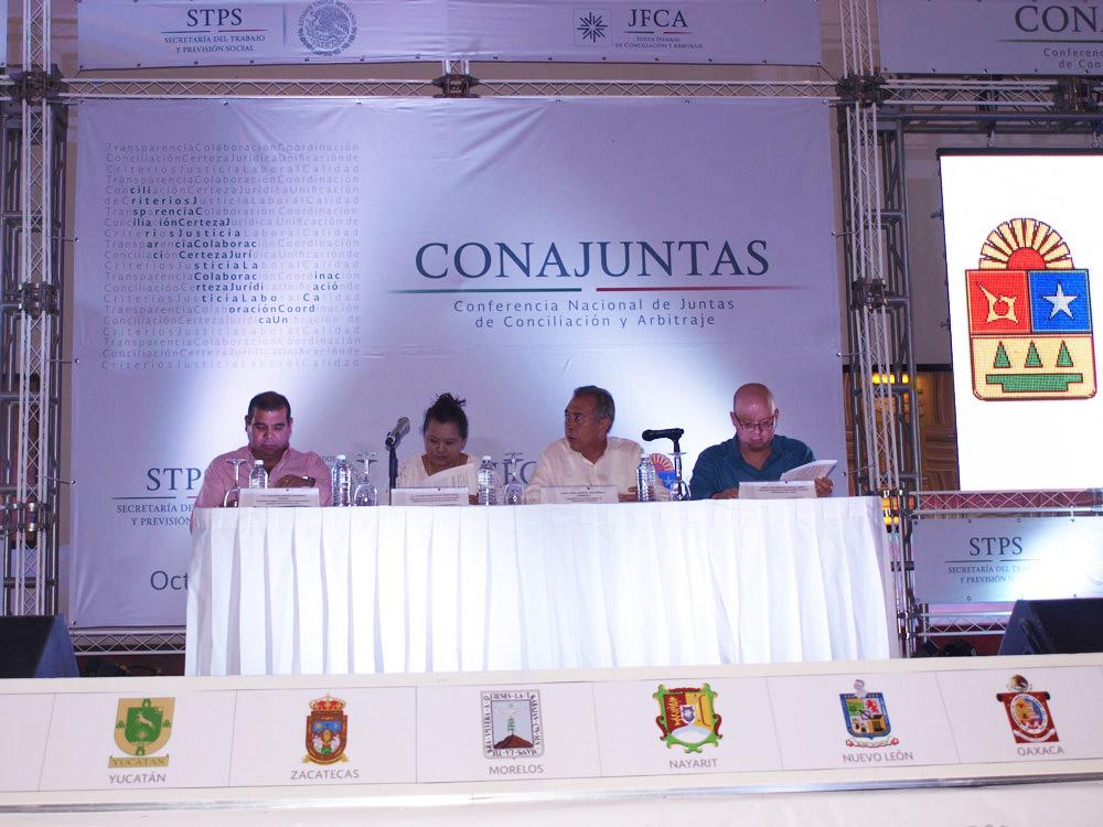 Al concluir los trabajos de la CONAJUNTAS, el funcionario afirmó que la conciliación en el ámbito del trabajo, es por excelencia el medio alternativo de solución de conflictos para impartir justicia de forma oportuna y eficaz.