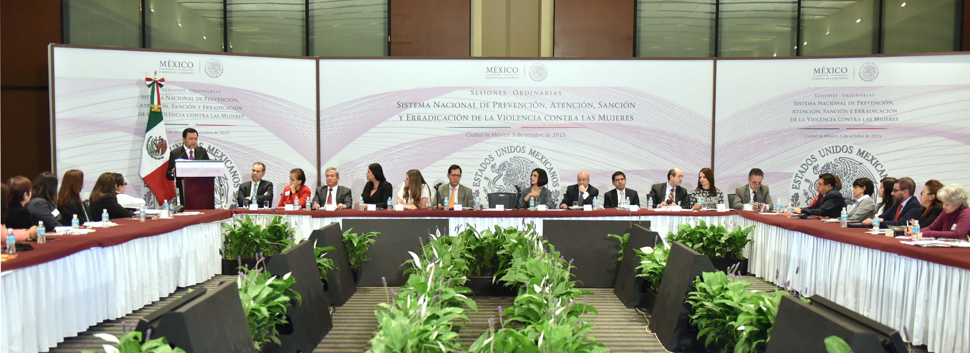 El Secretario de Gobernación, Miguel Ángel Osorio Chong, durante las Sesiones Ordinarias XXIV, XXV Y XXVI del Sistema Nacional de Prevención, Atención, Sanción y Erradicación de la Violencia contra las Mujeres