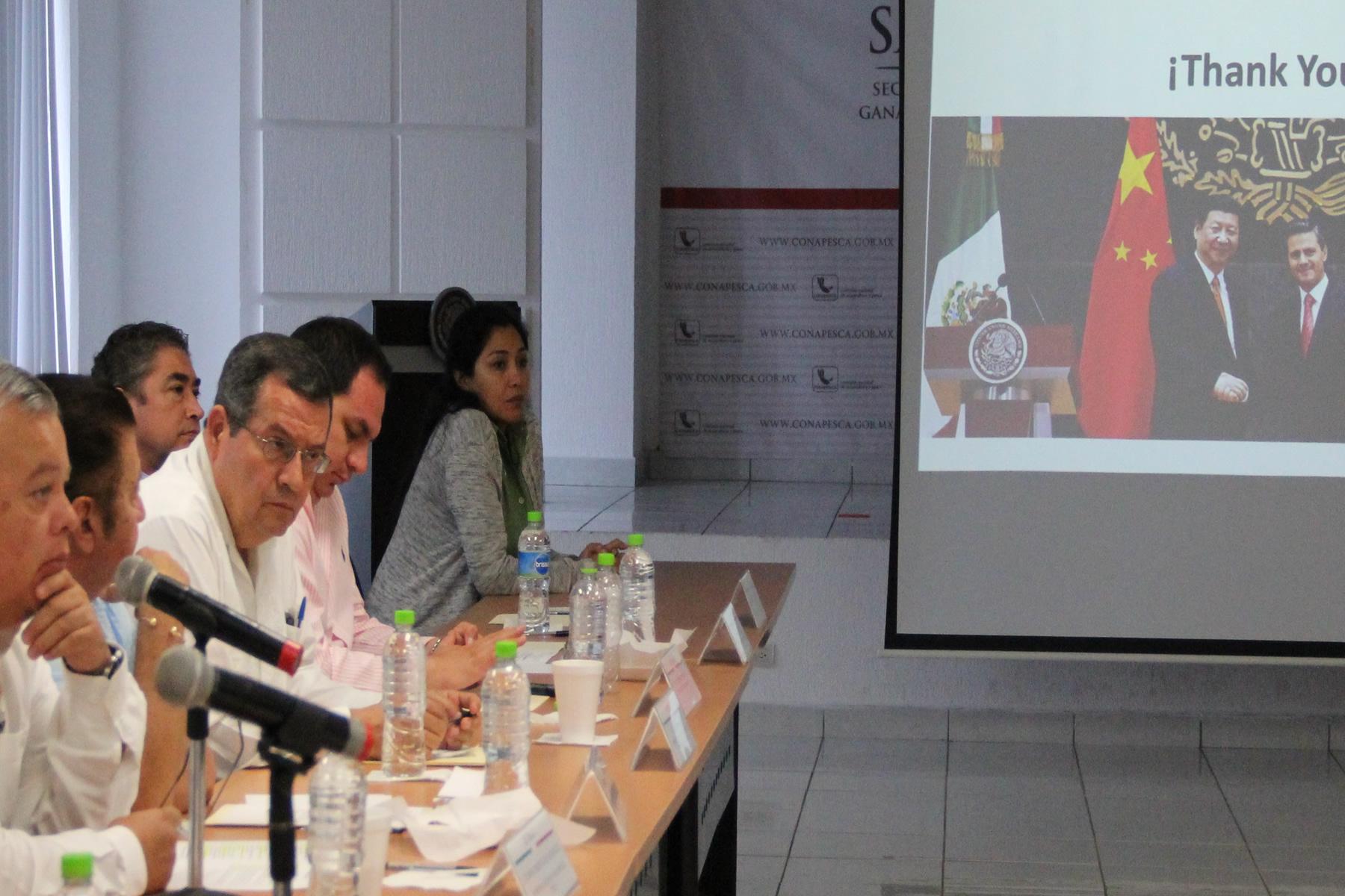 """""""Específicamente, lo referente al manejo de pesquerías, investigación e impulso a la acuacultura, son puntos a privilegiar en materia de cooperación bilateral"""", indicó el comisionado Mario Aguilar."""