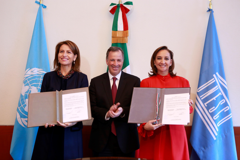 SECTUR y la oficina de la UNESCO firman convenio de colaboración en México para el desarrollo de proyectos de turismo sustentable.