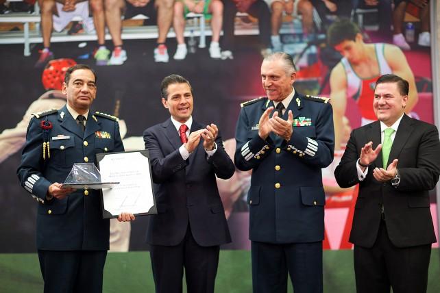 En nombre de México, les agradezco la pasión con la que compiten y su esfuerzo en cada justa deportiva.