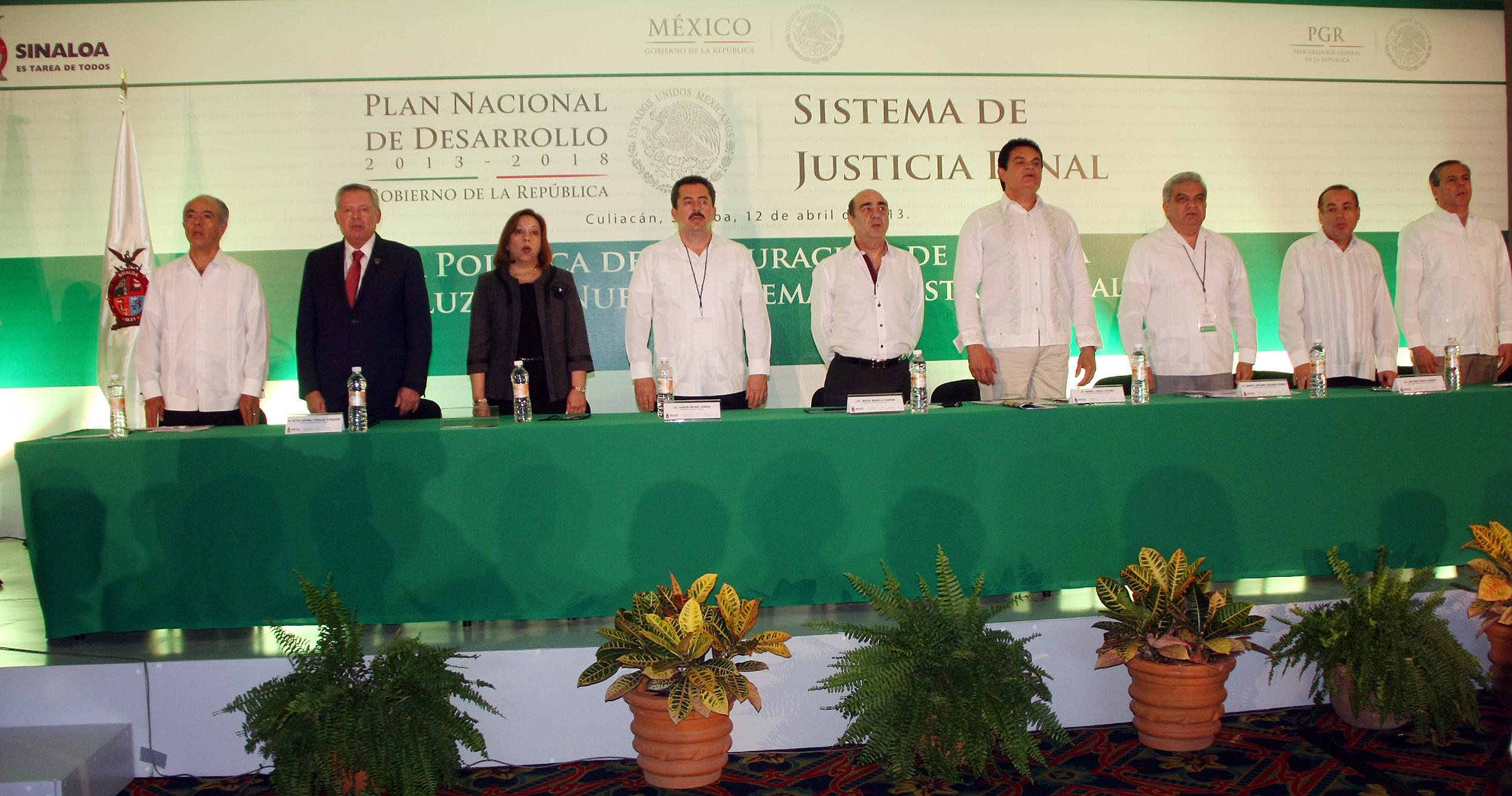 Diseñamos un sistema de justicia penal para un México en paz: Murillo Karam