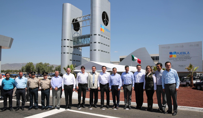 El Secretario de Gobernación, Miguel Ángel Osorio Chong, en la Inauguración del Arco de Seguridad en Palmar de Bravo, Puebla