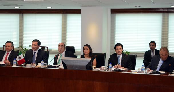 El titular de la PGR se reunió con el Procurador General de los Estados Unidos, Eric Holder