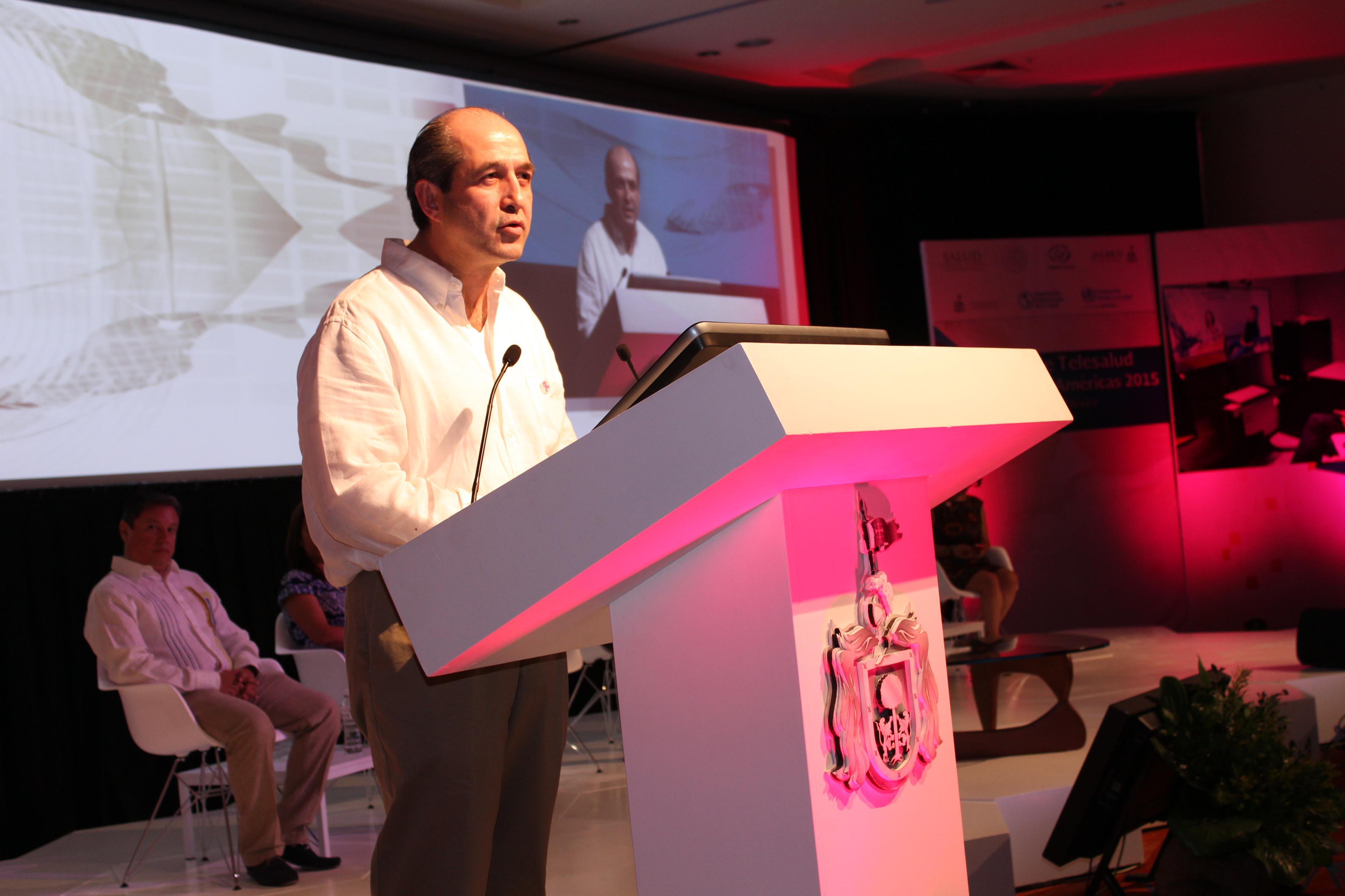 Doctor Eduardo González Pier, Subsecretario de Desarrollo e Integración del Sector Salud