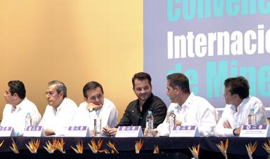 El Secretario de Medio Ambiente y Recursos Naturales, Rafael Pacchiano Alamán, reconoció la importancia de la industria metalúrgica en México.