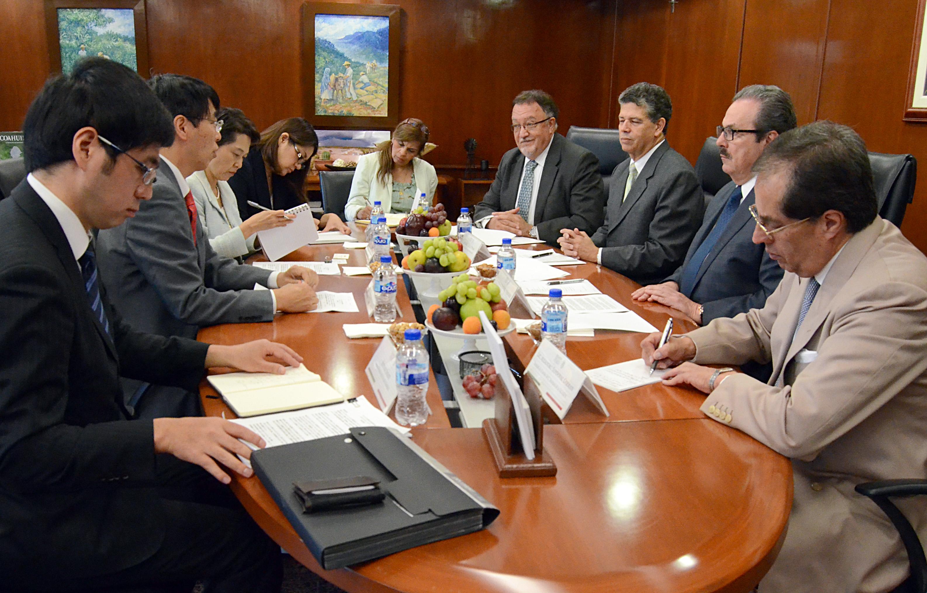 Coincidieron en que el intenso intercambio comercial de alimentos impone la necesidad de que México y Japón establezcan una relación más profunda y estrecha.