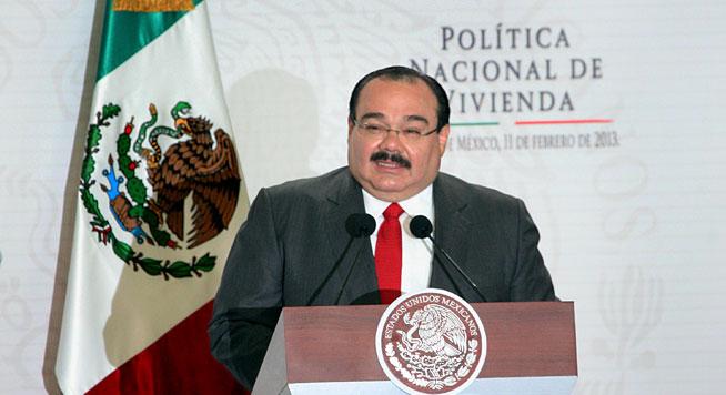 El Secretario de Desarrollo Agrario Territorial y Urbano (SEDATU), Jorge Carlos Ramírez Marín, en la presentación de la Política Nacional de Vivienda.